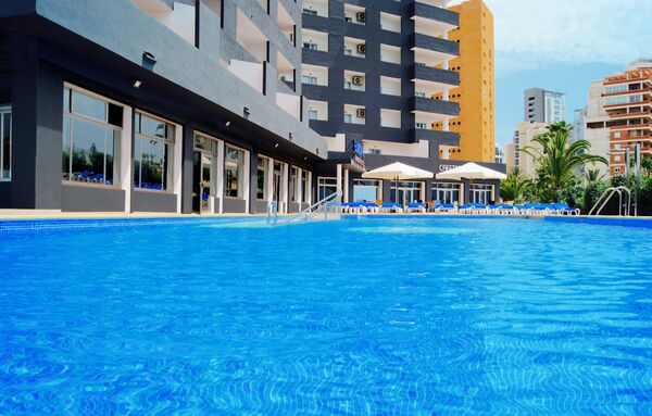 Holidays at Port Europa Hotel in Calpe, Costa Blanca