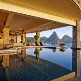 Jade Mountain Picture 0
