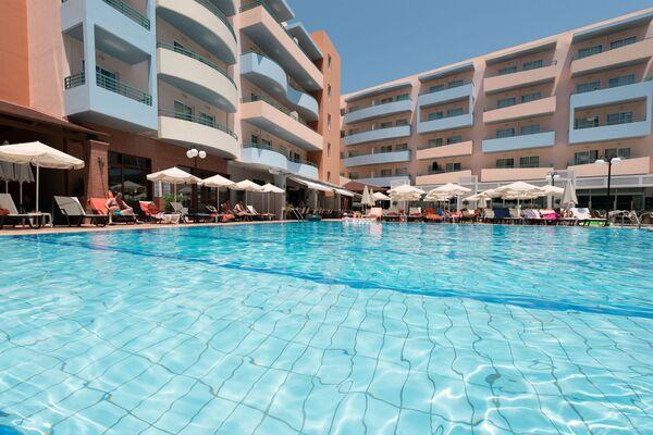 Holidays at Bio Suites Hotel in Rethymnon, Crete