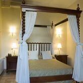 Born Hotel Picture 2