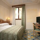 Alimuri Hotel Picture 4