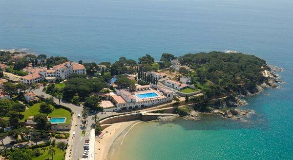 Holidays at La Gavina Hotel in SAgaro, Costa Brava