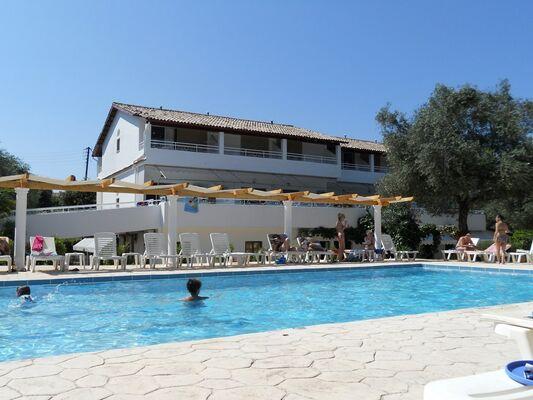 Holidays at Katia Apartments in Kassiopi, Corfu