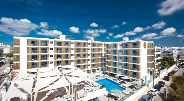 Holidays at Ryans Ibiza Apartments in Playa d'en Bossa, Ibiza