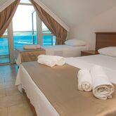 Bliss Beach Hotel Picture 4