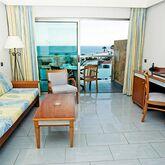 Marinasol Aparthotel Picture 4