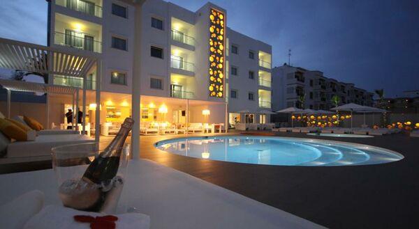 Holidays at Ibiza Sun Apartments in Playa d'en Bossa, Ibiza