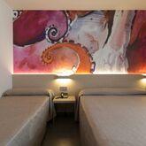 Riviera Hotel Picture 5