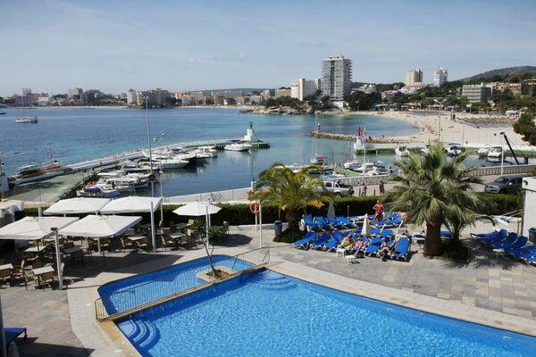 Holidays at Roc Portonova Apartments in Palma Nova, Majorca