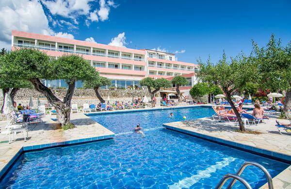Holidays at Alexandros Hotel in Perama, Corfu