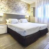 HG Lomo Blanco Apartments Picture 7