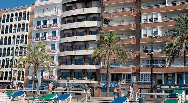 Holidays at Almirall Apartments in Lloret de Mar, Costa Brava