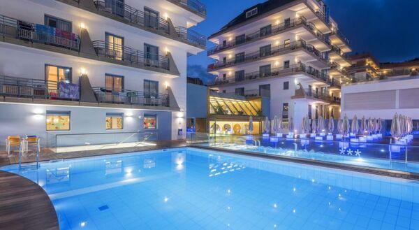 Holidays at Alhambra Hotel in Santa Susanna, Costa Brava