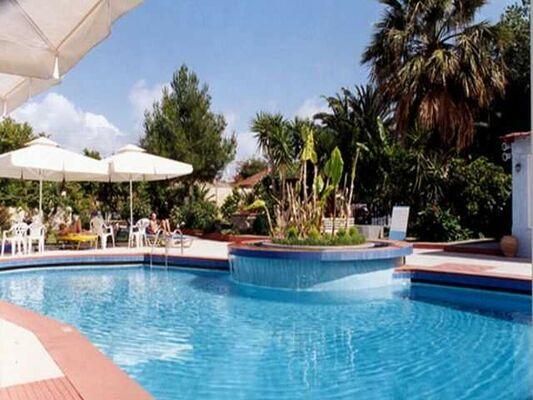Holidays at La Cite Hotel in Lixouri, Kefalonia