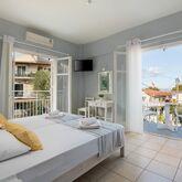 Bella Vista Beach Hotel and Studios Picture 8