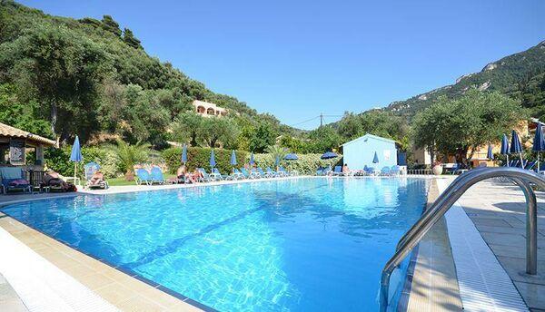 Holidays at Irene Apartments in Agios Gordios, Corfu