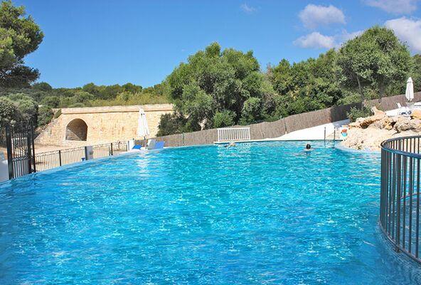 Holidays at Xuroy Hotel in Cala Alcaufar, Menorca