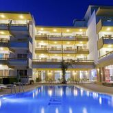 Trianta Hotel and Apartments Picture 0