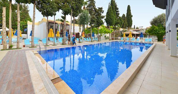 Holidays at Smartline Bitez Garden Life in Bitez, Bodrum Region