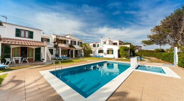 Holidays at Arenal Playa Apartments in Arenal den Castell, Menorca