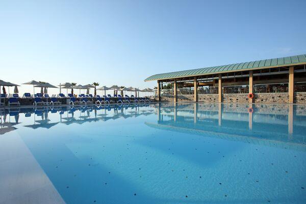 Holidays at Arina Beach Resort in Kokini Hani, Crete