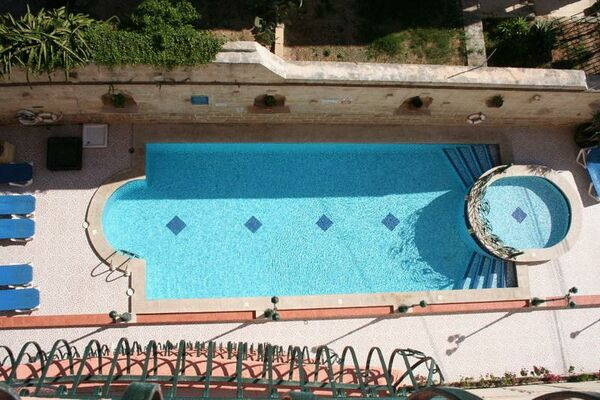 Holidays at White Dolphin Holiday Complex in Qawra, Malta