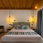 Vilamendhoo Island Resort & Spa Picture 4