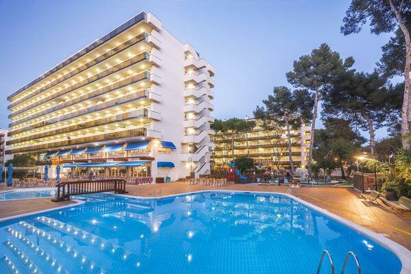 Holidays at Marinada Hotel in Salou, Costa Dorada