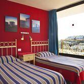 Miriam Apartments Picture 4