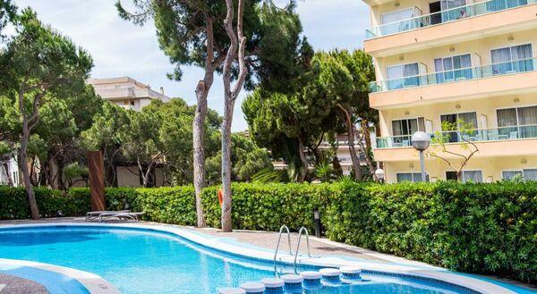 Holidays at Acqua Hotel in Salou, Costa Dorada