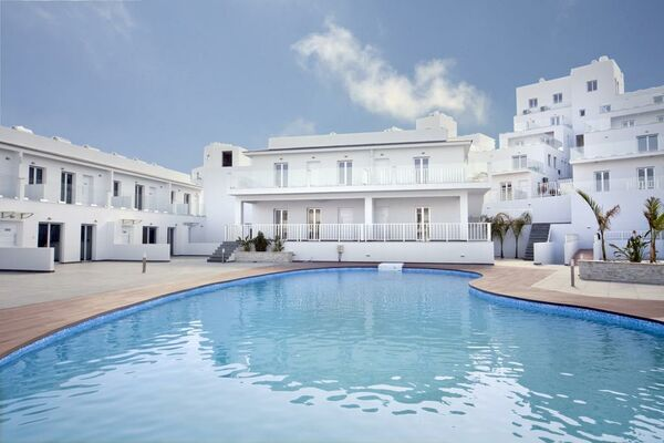 Holidays at High View Gardens Residence in Mazotos, Larnaca