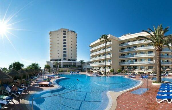 Holidays at Puente Real Hotel in Torremolinos, Costa del Sol