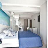 Ryans La Marina Hotel Picture 4