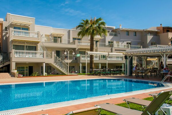 Holidays at Sarpidon Apartments in Malia, Crete