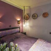 Islane Hotel Picture 5