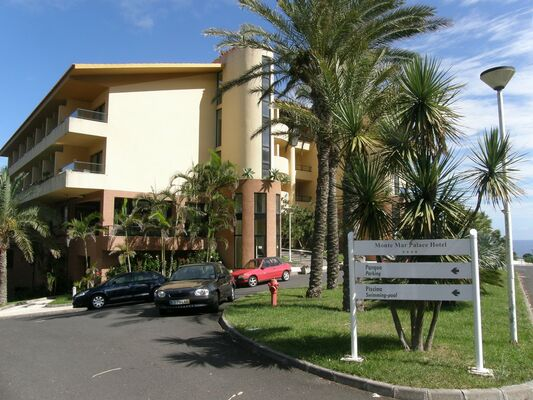 Holidays at Monte Mar Palace Hotel in Ponta Delgada, Sao Vicente