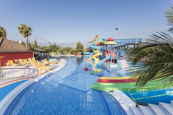 Holidays at Alfagar Alto da Colina in Balaia, Algarve