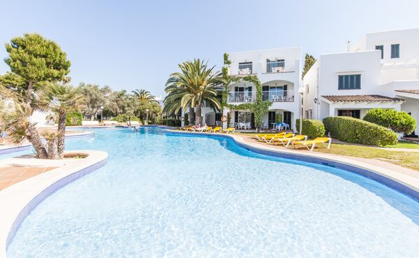 Holidays at Blue Sea Ses Cases D'or in Cala Egos, Majorca