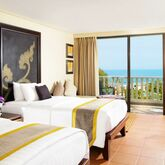 Movenpick Resort and Spa Karon Beach Hotel Picture 2