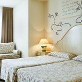 Monica Hotel Picture 3
