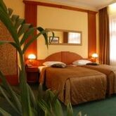 EA Royal Esprit Hotel Picture 4