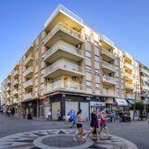 Avenida Apartments Picture 0