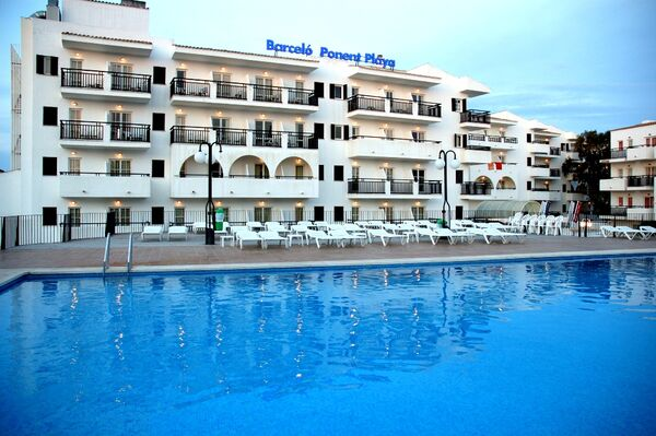 Holidays at Barcelo Ponent Playa Hotel in Cala d'Or, Majorca