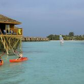 Vilamendhoo Island Resort & Spa Picture 9