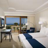Kernos Beach Hotel Picture 3