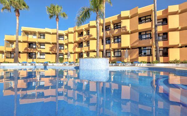 Holidays at Auramar Beach Resort Hotel in Albufeira, Algarve