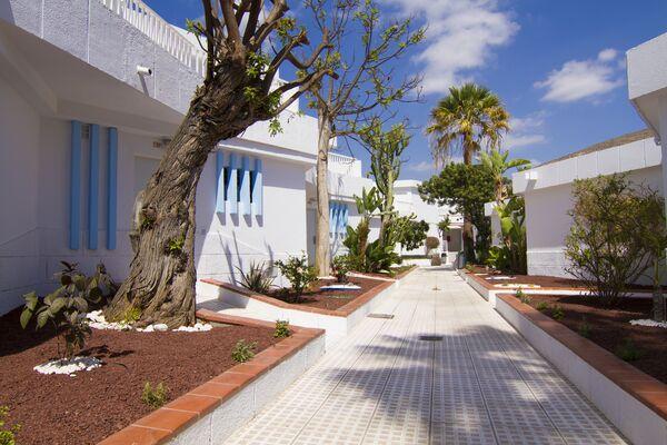 Holidays at Checkin Bungalows Atlantida in Los Cristianos, Tenerife