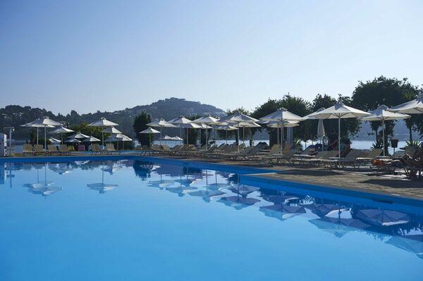 Holidays at Corcyra Beach in Gouvia, Corfu