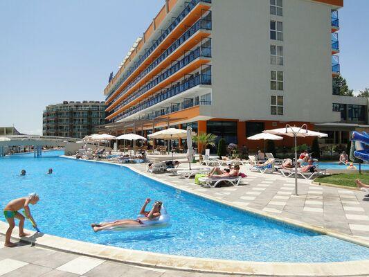 Holidays at Glarus Beach Hotel in Sunny Beach, Bulgaria