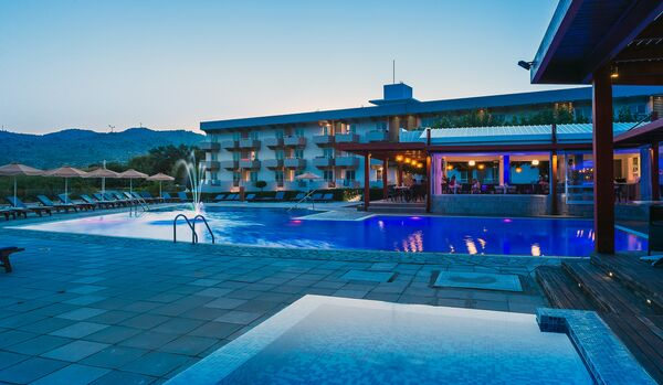 Holidays at Zoes Hotel in Ladiko, Faliraki